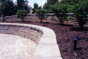 Retaining-Wall-Pool-lg2