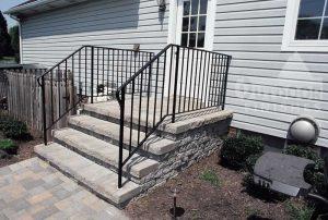 Steps-Iron-HandRail-lg
